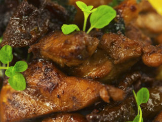 Chicken Thighs with Sun-Dried Tomato Sauce -
