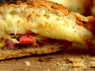 Beef, Mozzarella and Bacon Stuffed Bread -