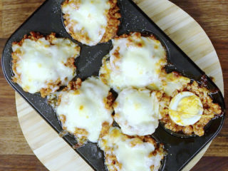 Hard-Boiled Egg and Meat Muffins -