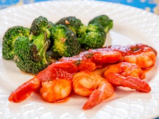 Shrimp in Tomato Sauce and Broccoli -