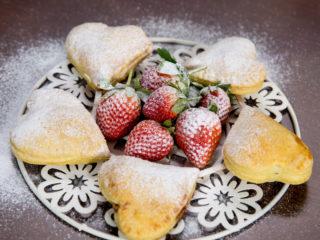 Strawberry Heart Pie Pops -