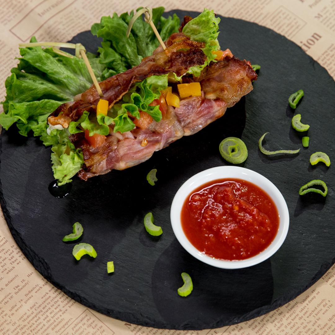 Veggie-Filled Bacon Roll -