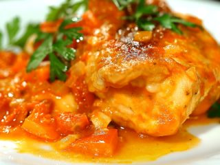 Chicken Breast with Tomato Sauce and Capers -