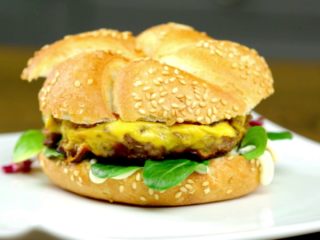 Beef and Pea Burger -