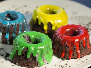 Mini Oreo Bundt Cakes -