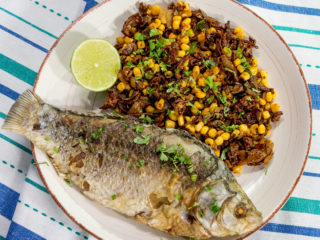 Pan-Fried Crucian Carp with Mushrooms and Sweet Corn -