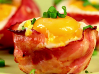 Bacon and Egg Toast Muffins -