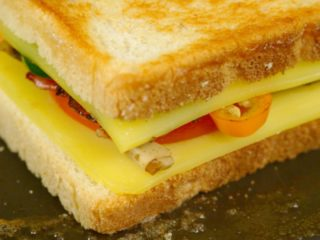 Spicy Sandwich for Breakfast -