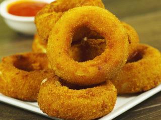 Cheesy Onion Rings -