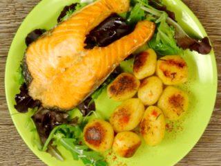 Garlic Salmon Steak -
