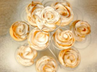 Puff Pastry Apple Roses -