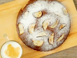 Pear and Chocolate Cake -