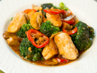 Chicken, Mushroom and Broccoli Skillet -