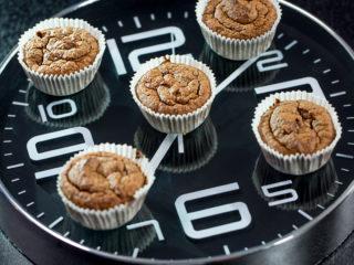 Walnut and Date Muffins -