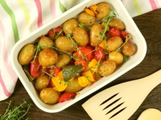 Oven-Baked New Potatoes with Bell Peppers -