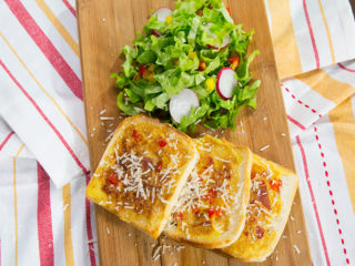 Omelet French Toast -