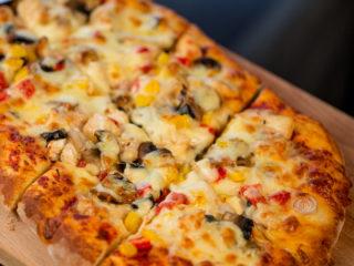 Chicken and Veggie Pizza -