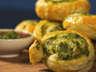 Spinach and Cream Cheese Swirls -