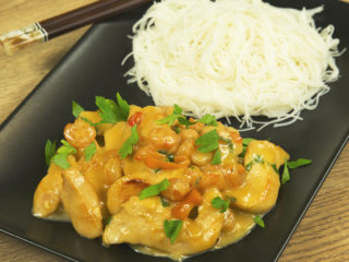 Chicken and Shrimp with Creamy Sauce -