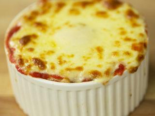 Chicken, Potato Mash and Mozzarella Cups -