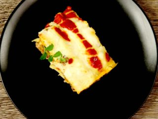 Classic Meat Lasagna -
