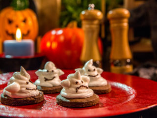 Ghostly Chocolate Cookies -