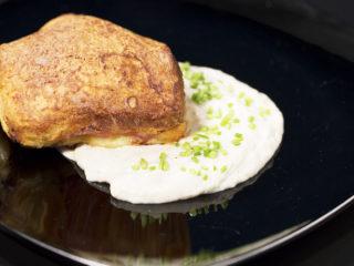 Oven-Baked Buns with Prosciutto and Mozzarella -