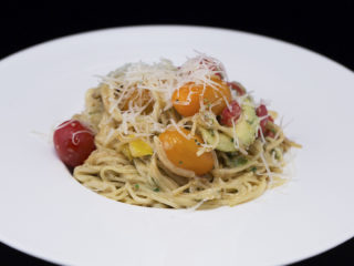 Spaghetti with Cherry Tomatoes and Avocado -