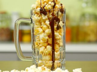 Butter and Chocolate Popcorn -