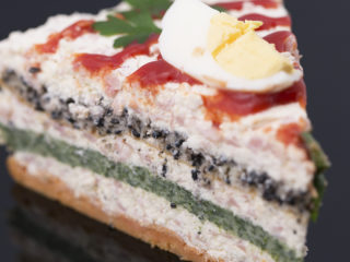 3-Color Salty Cake -
