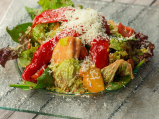 Lettuce and Apple Salad with Strawberry Dressing -