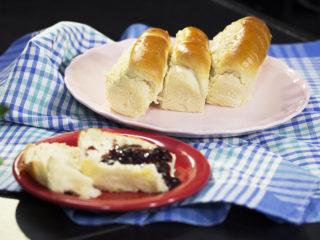 Milky Bread Rolls -