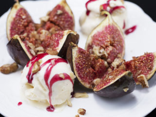 Roasted Figs with Vanilla Ice Cream -