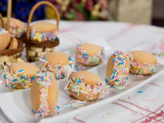 Banana Pudding Sandwich Cookies -