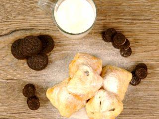 Crunchy Oreo Pastries -