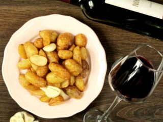 Garlic Seasoned Fried New Potatoes -