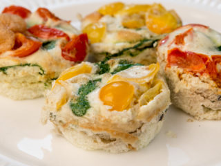 Egg White Cups with Spinach and Tomato -