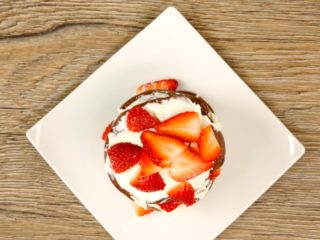Cocoa Pancakes with Strawberries -