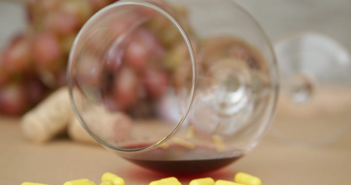 Do You Mix Drinks and Antibiotics? Find Out What You're Risking