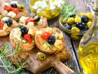 Go Healthy! A Beginner's Guide to Start the Mediterranean Diet!