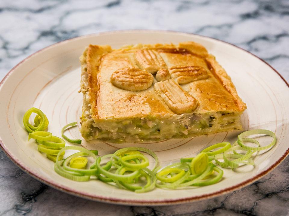 Creamy Chicken and Leek Pie -