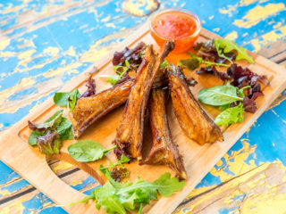 lamb ribs with soy sauce and beer dip
