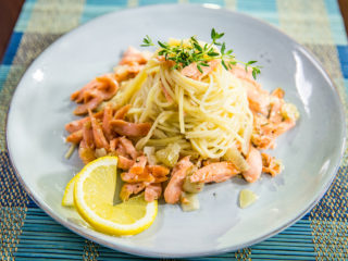 salmon spaghetti