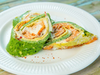 Chili Pepper and Baby Spinach Triple Omelet Roll