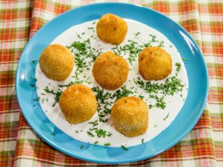 Spaghetti Balls with Heavy Cream Sauce