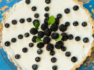 vanilla and mascarpone berry tart