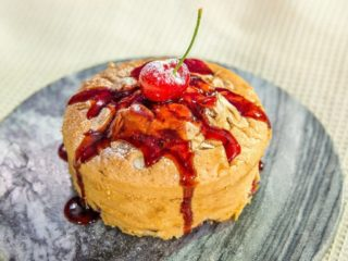 almond cherry mini cake