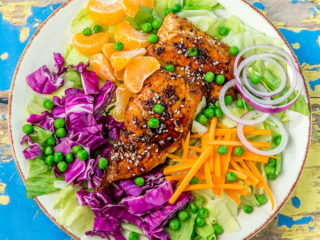 cabbage salad with salmon and soy sauce marinade