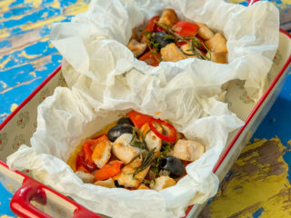 Chicken and Veggie Parchment Paper Pouches
