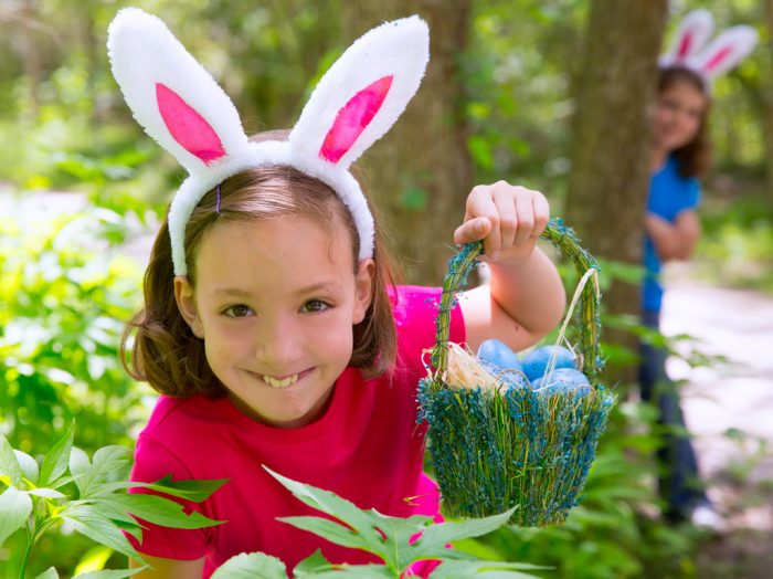 How to Host an Easter Egg Hunt Party